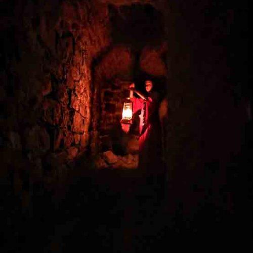 chateau-chalabre-visite-des-sousterrains-2