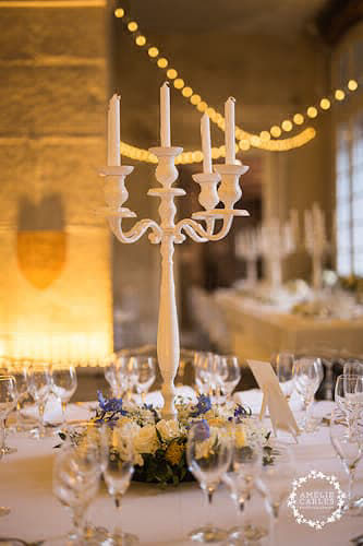 morgane-olivier-temoignage-mariage-chateau-chalabre-table-decoree-bougeaoir-1-333x500